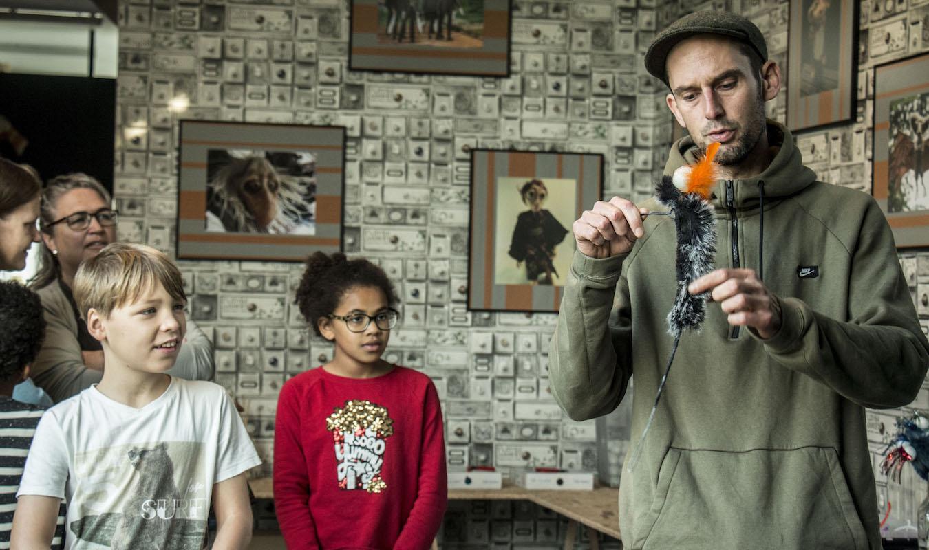 Foto Poppenmaker bij de De Vrijstaat